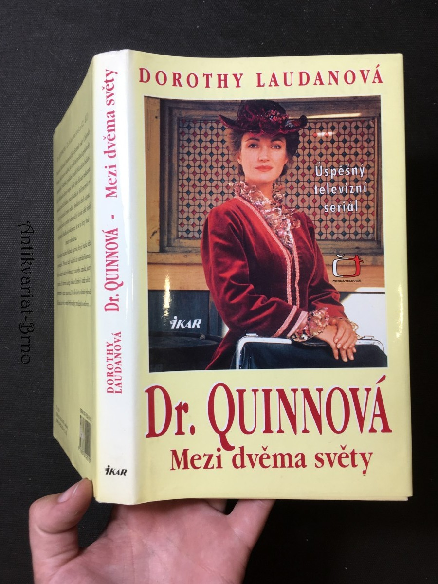 Dr. Quinnová. Mezi dvěma světy
