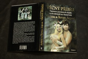 náhled knihy - Věčný příběh : tajemství posvátných rituálů vyzkoušených na vlastní kůži