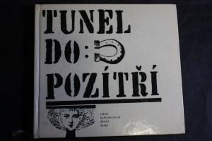 náhled knihy - Tunel do pozítří : výbor z anglických a amerických vědeckofantastických povídek