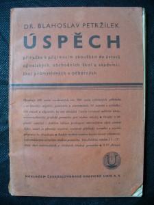 náhled knihy - Úspěch : příručka k přijímacím zkouškám do ústavů učitelských, obchodních škol a akademií, škol průmyslových a odborných