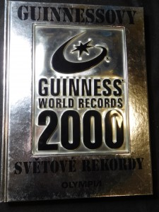 náhled knihy - Guinnessovy světové rekordy 2000