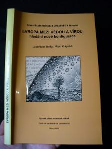 náhled knihy - Sborník textů přednášek a příspěvků k tématu Evropa mezi vědou a vírou : hledání nové konfigurace
