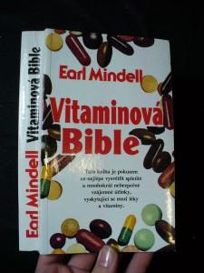 náhled knihy - Vitaminová bible : jak můžete žít zdravěji s pomocí vhodných vitaminů a potravin?