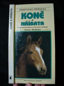 náhled knihy - Koně a hříbata : ilustrovaná příručka o chovu koní a jezdectví