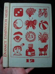 náhled knihy - Dvanáct úsměvných měsíců : hry a zábavy na celý rok