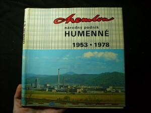 náhled knihy - Chemlon, národný podnik Humenné, nosteľ vyznamenia Za zásluhy o výstavbu 1953-1978