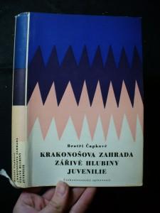náhled knihy - Krakonošova zahrada ; Zářivé hlubiny a jiné prózy ; Juvenilie
