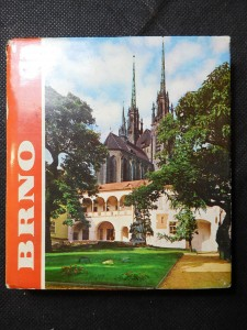 náhled knihy - Brno a okolí = Brno i okresnosti = Brno und Umgebung = Brno and its surroundings