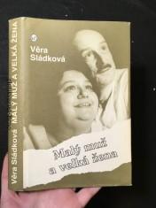 náhled knihy - Malý muž a velká žena
