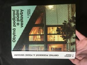 náhled knihy - Obytná podkroví a půdní vestavby