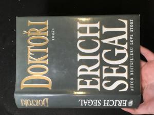 náhled knihy - Doktoři : román