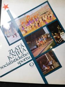 náhled knihy - Zlatá kniha socialistického sportu : Sportovní bilance zemí socialist. společenství