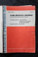 náhled knihy - Za mír, přátelství a spolupráci : Cvičení s kuželi pro vyspělé cvičenky