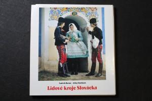 náhled knihy - Lidové kroje Slovácka