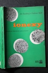 náhled knihy - Ionexy : příručka pro laboratorní i provozní praxi