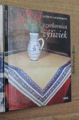 náhled knihy - Vzorkovnica výšiviek