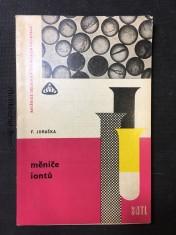 náhled knihy - Měniče iontů: Učeb. text pro přípravu dělníků ve školách dělnických povolání, učeb. obory skupiny chemie