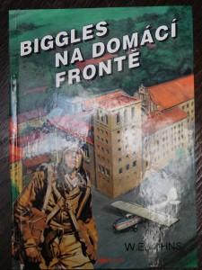náhled knihy - Biggles na domácí frontě