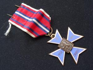 náhled knihy - Vyznamenání kříž za chrabrost 1938 - 1945