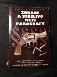 náhled knihy - Zbraně a střelivo mezi paragrafy : zákon č. 28