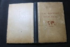 náhled knihy - Nový zeměpisný atlas světa : Soubor map