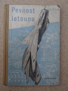 náhled knihy - Pevnost letounu