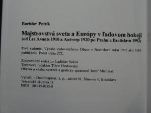 náhled knihy - Majstrovstvá sveta a Európy v ľadovom hokeji : od Les Avants 1910 a Antverp 1920 po Prahu a Bratislavu 1992