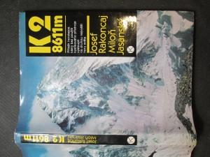 náhled knihy - K2 8611m, Příběh horolezce, který bez použití kyslíkového přístroje vystoupil na druhou nejvyšší horu světa