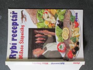 náhled knihy - Rybí receptář Miloše Štěpničky