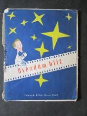 náhled knihy - Hvězdám blíž ... : filmové nebe v karikatuře