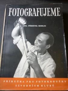 náhled knihy - Fotografujeme : Příručka pro fotokroužky závodních klubů