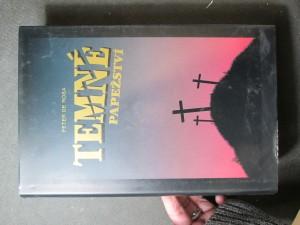 náhled knihy - Temné papežství