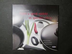 náhled knihy - Pečicí a varné nádobí ze speciální slitiny