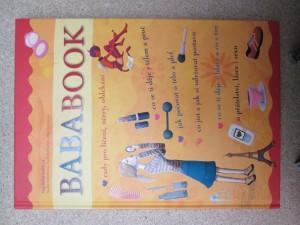 náhled knihy - Bababook. Rady pro líčení, účesy, oblékání