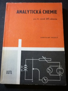 náhled knihy - Analytická chemie cukrovarnická pro 4. ročník středních průmyslových škol potravinářské technologie
