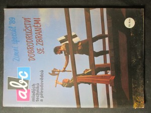 náhled knihy - ABC mladých techniků a přírodovědců. Zimní speciál 89. Dobrodružství se zbraněmi