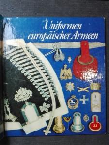 náhled knihy - Uniformen europäischer Armeen. Farbtafeln von Ralf Swoboda