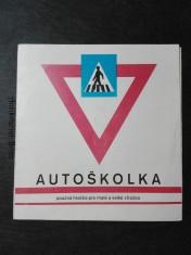 náhled knihy - Autoškolka - poučná hračka pro malé a velké chodce