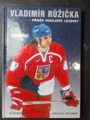 náhled knihy - Vladimír Růžička - příběh hokejové legendy