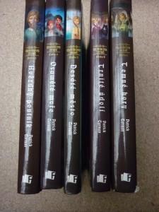 náhled knihy - Elyonova země: Temné hory, Trnité údolí, Desáté město, Osamělé moře, Hvězdný poutník