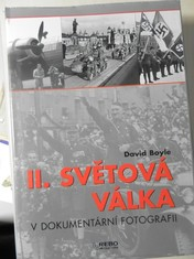 náhled knihy - II. světová válka v dokumentární fotografii