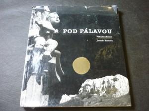 náhled knihy - Pod Pálavou : [Fot. publ.