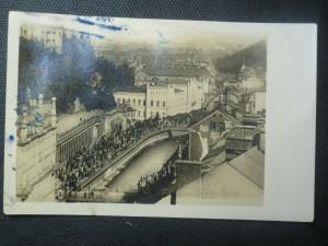 náhled knihy - Karlovy Vary. Procházka a pití vody u Mlýnské kolonády