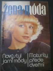 náhled knihy - Žena + móda (č. 3)