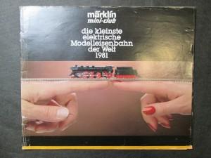 náhled knihy - Märklin mini-club. Die kleinste elektrische Modelleisenbahn der Welt 1981