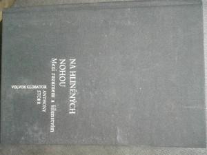 náhled knihy - Na hliněných nohou