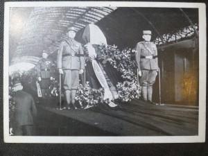 náhled knihy - Vlak s ostatky presidenta - Osvoboditele před odjezdem z Wilsonova nádraží
