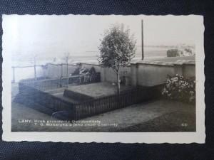 náhled knihy - Lány: Hrob presidenta Osvoboditele T. G. Masaryka a jeho choti Charlotty