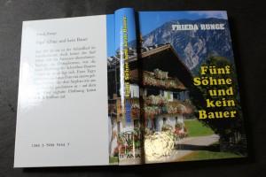náhled knihy - Fünf Söhne und kein Bauer