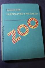 náhled knihy - Ze života zvířat v Pražské zoo : povídka o zvířatech v přírodě i v zoologické zahradě s barevnými i černými fotografiemi Dr. V.J. Staňka